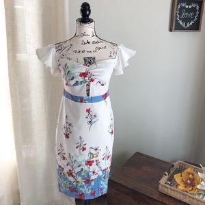 ✨SALE✨L'ATISTE By Amy: Ruffle Sleeve Dress